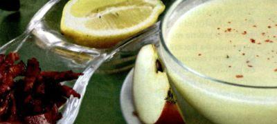 Supa de mere cu suc de lamaie