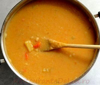 Supa de fasole cu chipsuri