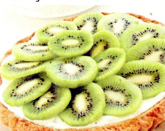 Meringue de bezea cu kiwi