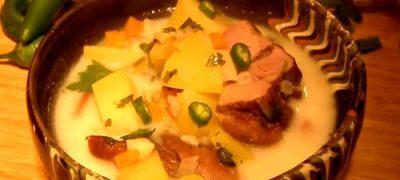 Ciorba ardeleneasca cu oase de porc