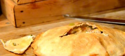 Cum se prepara placinta cu carne si ceapa
