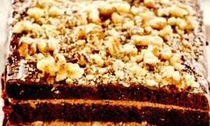 Desert cu ciocolata si nuci