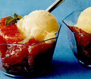 Salata de grepfruit, portocale si caise