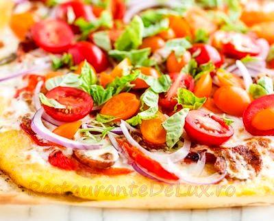 Pizza pe mamaliga