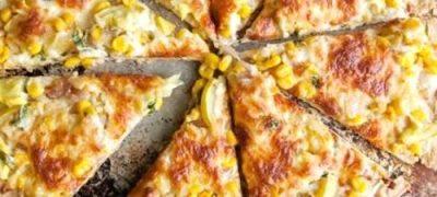 Pizza cu porumb si mozzarella