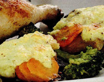 Pui_cu_sos_de_branza_si_broccoli