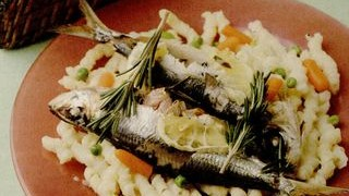 Sardine_cu_paste_si_legume