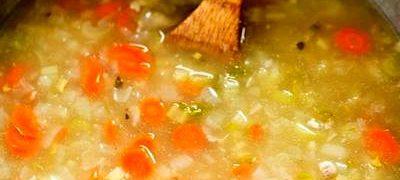 Supa de pui cu paste alfabet