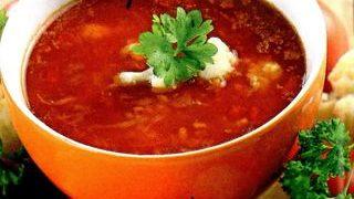 Supă de conopidă cu roşii