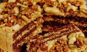 Tort-cu-ness_si_fructe_uscate