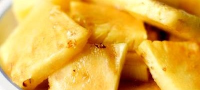Suc de ananas si fructe de padure