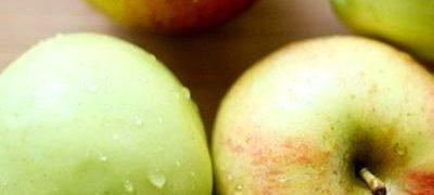 Desert cu mere