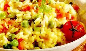 Salata cu orez si legume