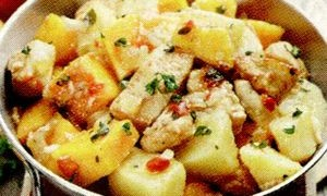 Cartofi cu dovleac si carne de porc la cuptor