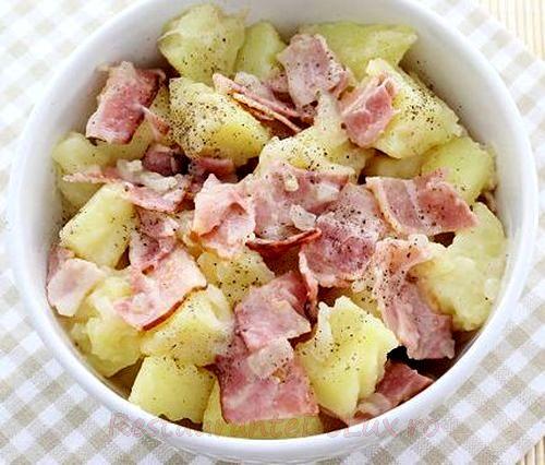 Salata cu bacon
