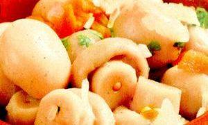 Salata cu ciuperci si arpagic