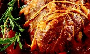 Antricot de vită la cuptor, cu sfeclă şi hrean