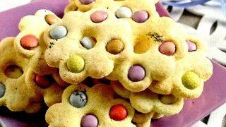 Biscuiţi cu fructe confiate