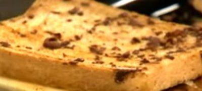 Cum se prepara Paine cu banane si ciocolata