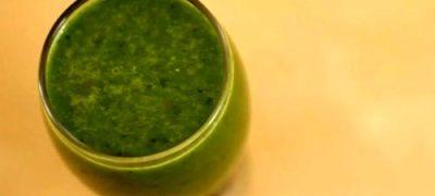 Suc verde de papadie salbatica, aragula si ananas