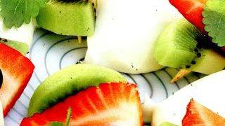 Frigarui de fructe cu mousse de ciocolata