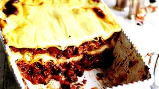 Lasagna cu vinete si trei tipuri de branza