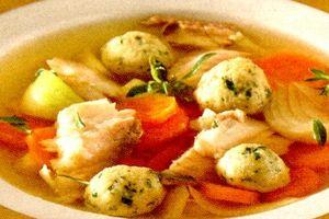 Supă cu găluşte din cartofi si pastarnac