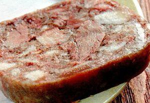 Toba traditionala de porc