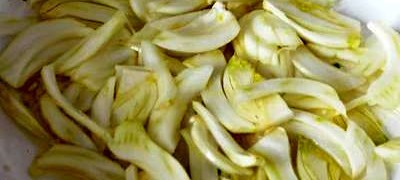 Baked fennel with a crumb crust