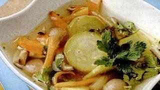 Supa clara de legume cu tarhon