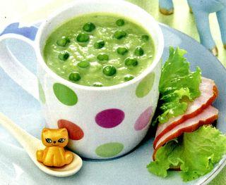Supa de mazare cu somon afumat si crutoane