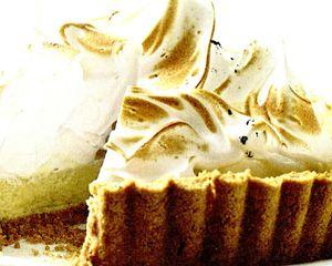 Tarta cu crema de iaurt