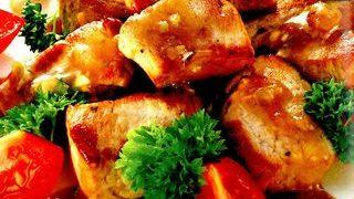 Porc cu usturoi verde