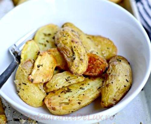Cartofi la cuptor cu nuci