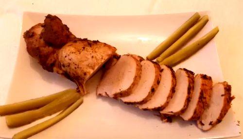 Muşchi de porc in sos de ceapă roşie