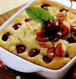 Pandispan cu prune si nuci