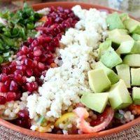 Salată cu bulgăraşi de branză şi gulii