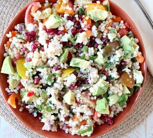 Salata de legume cu branza de capra
