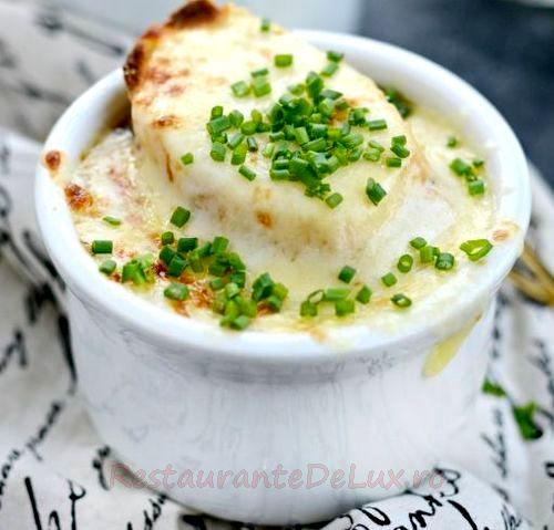 Supa de ceapa englezeasca