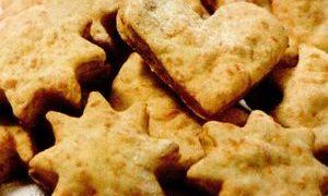 Biscuiti_cu_branza_cheddar