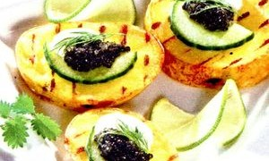 Cartofi_cu_caviar_negru