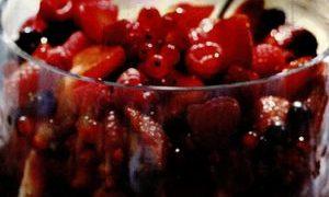 Suc de fructe de padure si citrice
