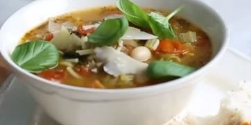 How_To_Make_Summer_Minestone_Soup