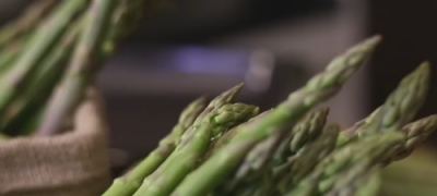 How_to_Cook_Asparagus_(VIDEO)