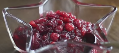 How_to_Make_A_Delicious_Cranberry_Sauce_(VIDEO)