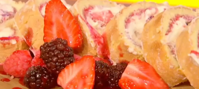How_to_make_Raspberry_roulade