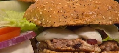 How_to_make_delicious_cheeseburger_(VIDEO)