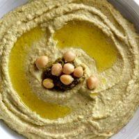 Hummus_cu_sos_pesto_03