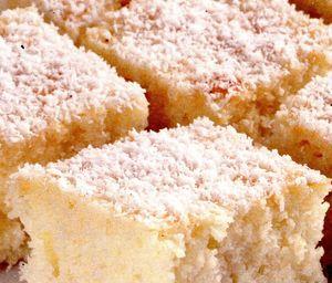 Prăjitură cu umplutură de cocos