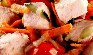 Salata_cu_pui_si_nuci